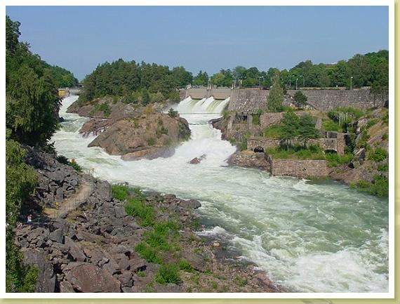 Der nur zu bestimmten Zeiten offene Wasserfall von Trollhättan.