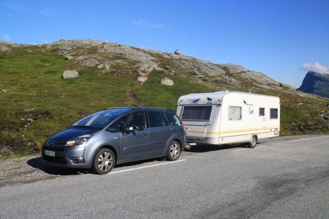Unser Stellplatz auf Donfoss Camping direkt am Wasserfall war der Hammer